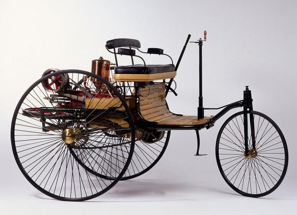 "Benz patent motor car from 1886 (replica). On 29 January 1886, Carl Benz applied for a patent on his ""gas-powered vehicle""."