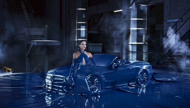 Mercedes-Benz announces its Autumn/Winter 2016 Fashion Campaign and Film, showing the new SL, shot by American photographer Jeff Bark. The campaign features Russian supermodel Natasha Poly and latex works by Japanese designer Atsuko Kudo.