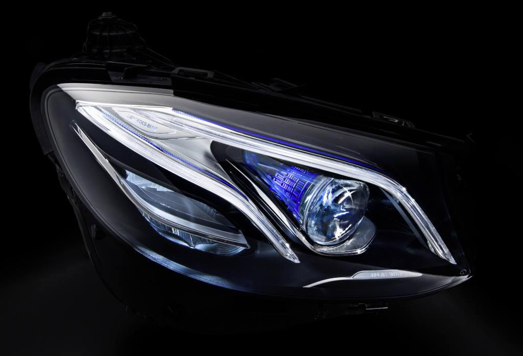 Die neue E-Klasse – Mercedes-Benz MULTIBEAM LED-Scheinwerfer m