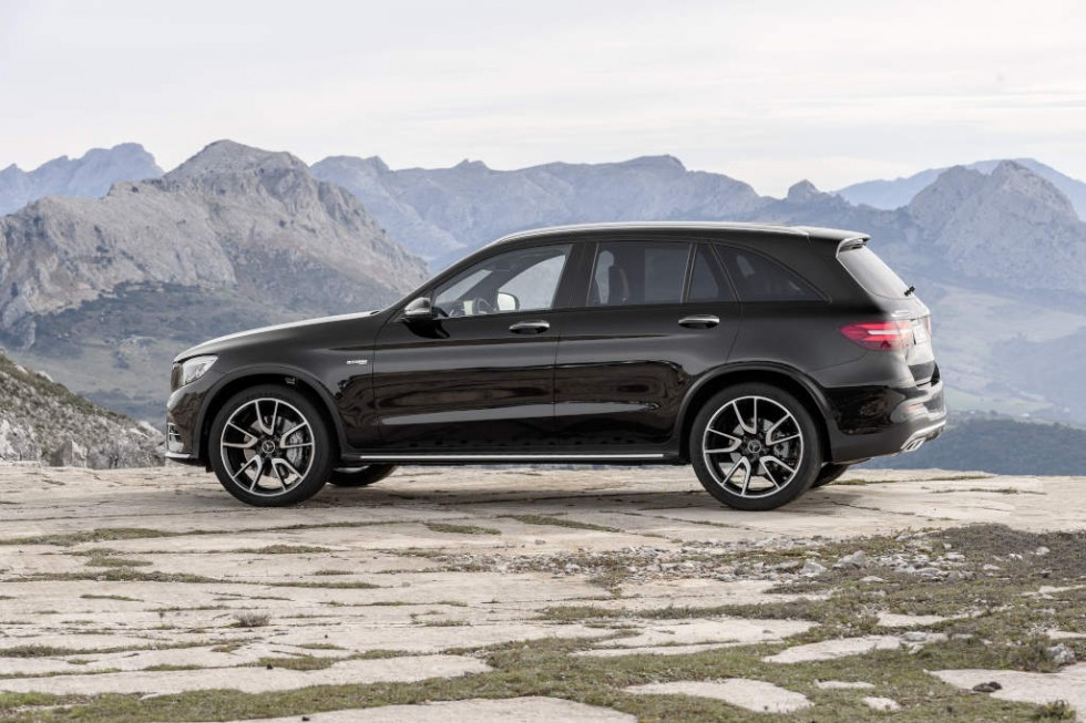 the new mercedes amg glc 43 4matic photo gallery emercedesbenz. Black Bedroom Furniture Sets. Home Design Ideas