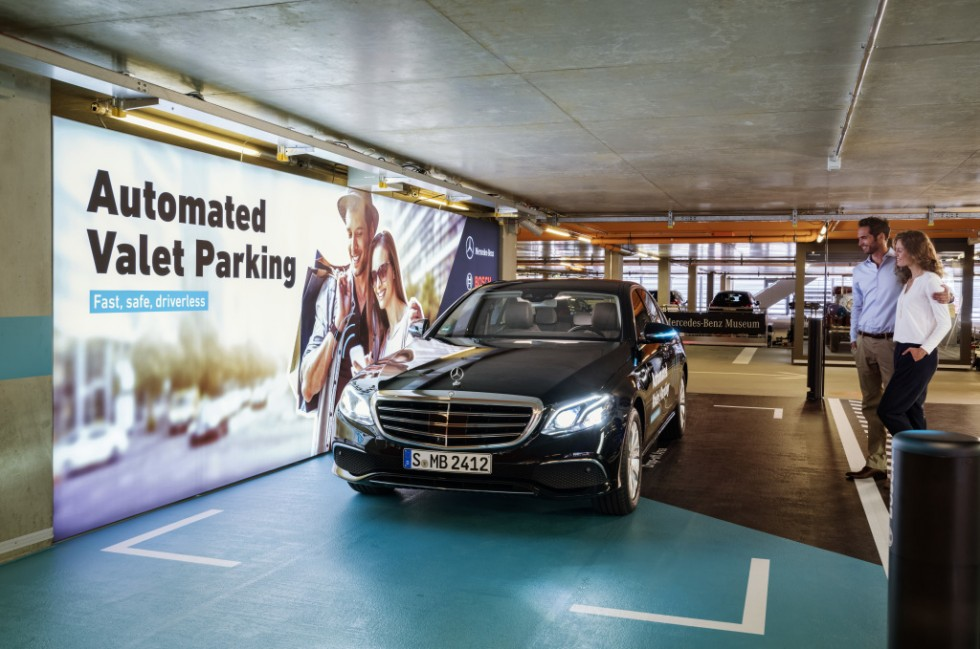Leave your vehicle to park itself. Daimler and Bosch have teamed up to realise driverless parking