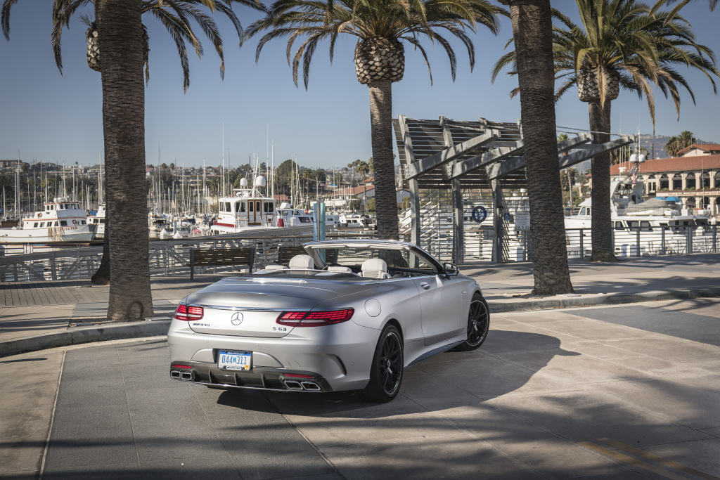 Mercedes-AMG S63 4MATIC+ Cabriolet, designo allanite grey magno; AMG designo Exclusive nappa leather crystal