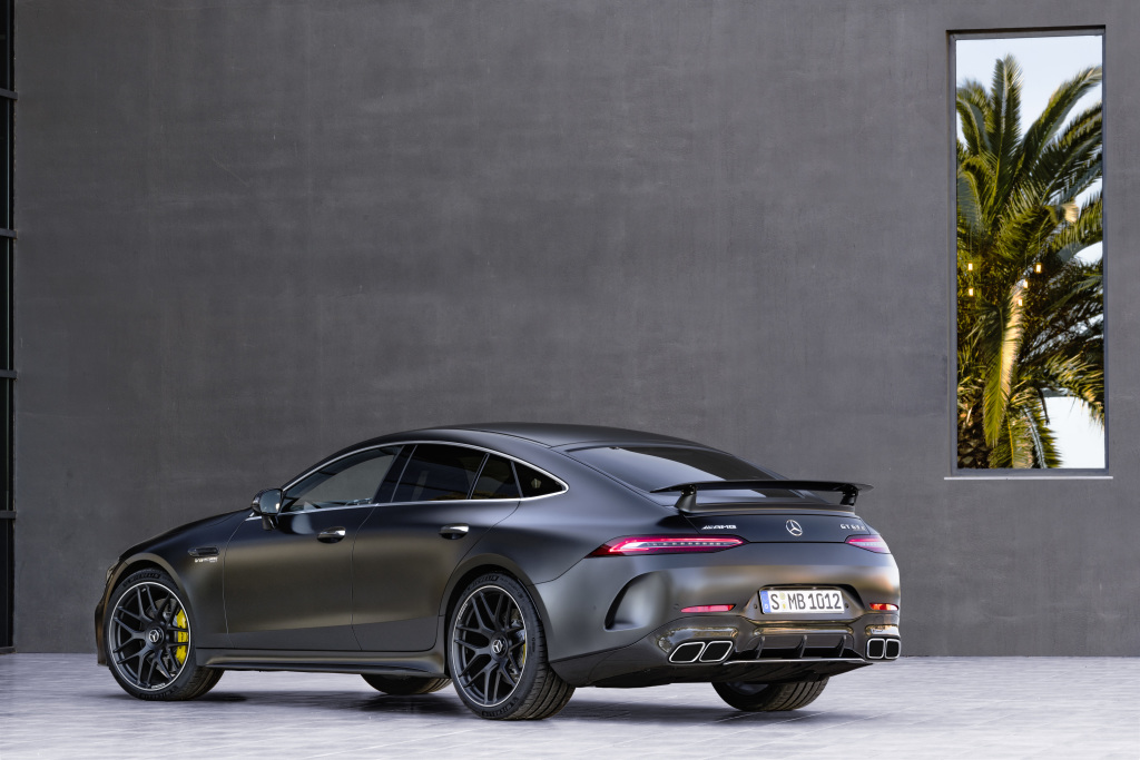 Mercedes-AMG GT 63 S 4MATIC+ 4-Door Coupé, AMG Carbon-packet, Exterior: Exterior paint: graphite grey magno, colour variation black;Fuel consumption combined: 11,2 l/100 km; CO2 emissions combined: 256 g/km* (provisional data)Mercedes-AMG GT 63 S 4MATIC+ 4-Door Coupé, AMG Carbon-packet, Exterior: Exterior paint: graphite grey magno, colour variation black;Fuel consumption combined: 11,2 l/100 km; CO2 emissions combined: 256 g/km* (provisional data)