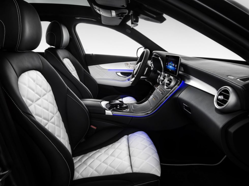 Mercedes-Benz C-Class Sedan AMG line, exterior: designo selenite grey magno, interior: platinium white pearl/black