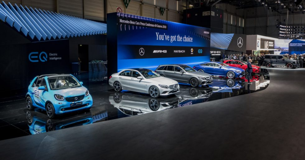 At the 88th Geneva Motor Show, Mercedes-Benz is presenting a slew of world premieres in a clear demonstration that the brand with the three-pointed star offers vehicles to suit all needs. First to be unveiled was the all-new Mercedes-AMG GT 4-Door Coupé (fuel consumption combined: 11.2-9.1 l/100 km; CO2 emissions combined: 256-209 g/km*), which augments the successful AMG GT family with another member. Also celebrating its world premiere was the new Mercedes-AMG G 63 (fuel consumption combined: 13.1 l/100 km; CO2 emissions combined: 299 g/km*)