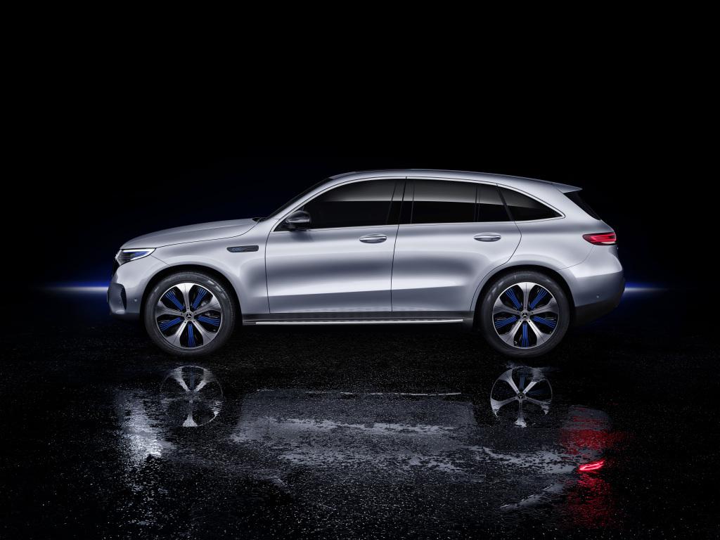 Der neue Mercedes-Benz EQC – der erste Mercedes-Benz der Produkt- und Technologiemarke EQThe new Mercedes-Benz EQC – the first Mercedes-Benz under the product and technology brand EQ
