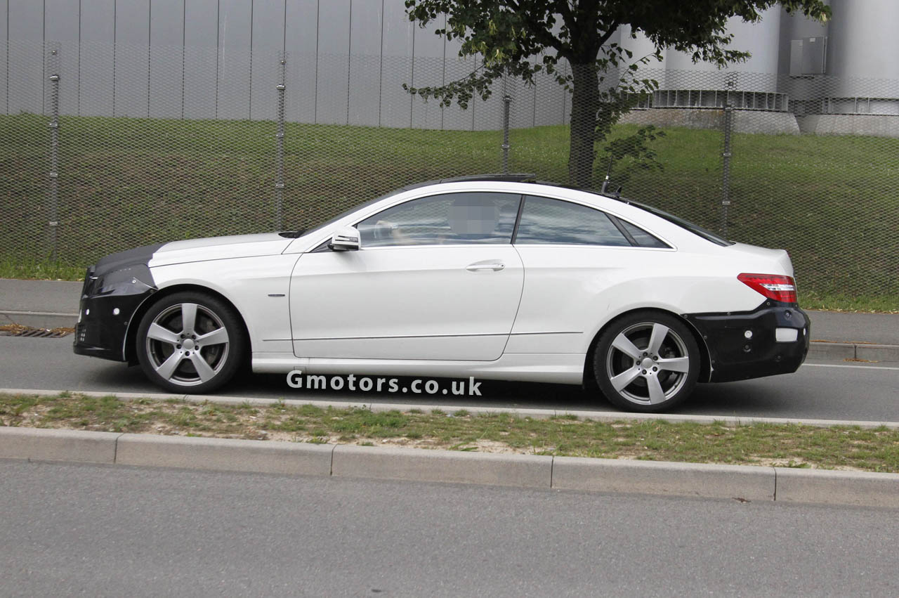 2013 Mercedes-Benz E-Classs Coupe Spy Photo 1