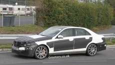 2013-Mercedes-E63-AMG-2
