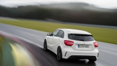 2014-Mercedes-A45-AMG-12C1358_58