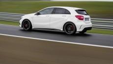 2014-Mercedes-A45-AMG-12C1358_65