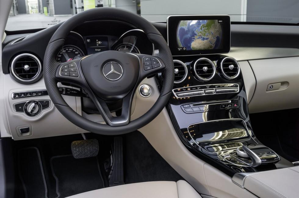 2014 mercedes c class 13c1152_52 - 2015 Mercedes Benz Interior
