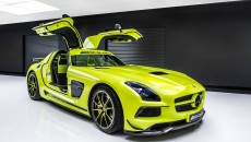 Mercedes AMG Coupe Black Series Gullwing Doors