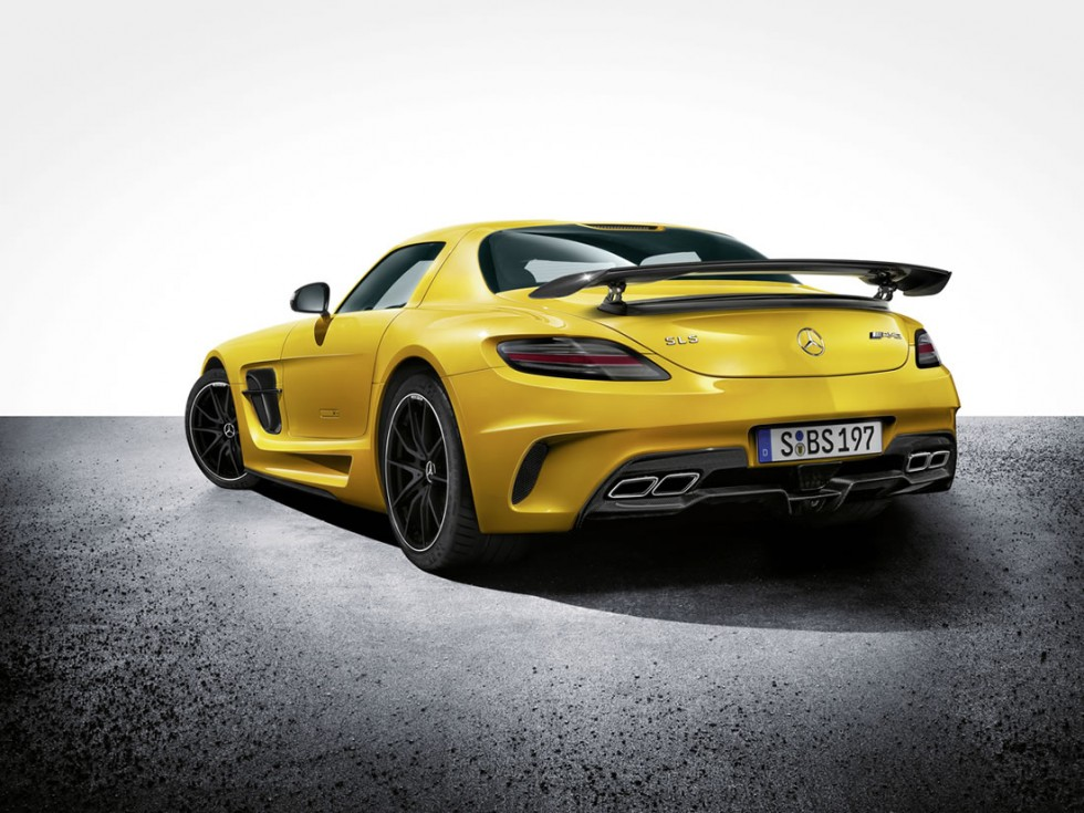 2014 Mercedes SLS AMG Coupe Black Series rear