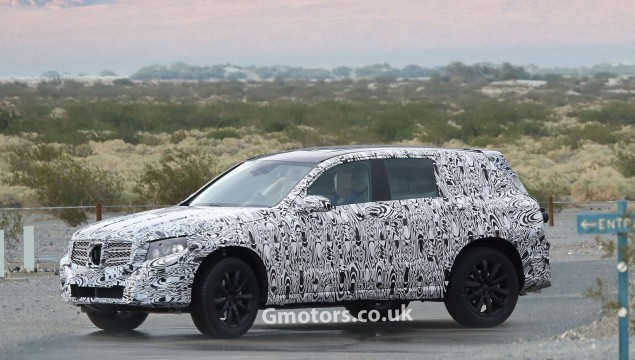 Mercedes-Benz GLK Spy Photo