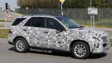 2015-Mercedes-M-Class-spy photos-2
