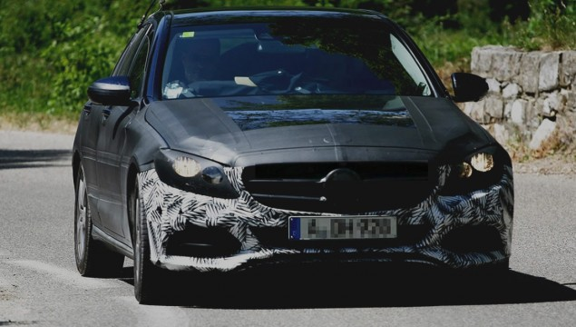 Spy Photos of a Larger More Masculine Mercedes-Benz C-Class