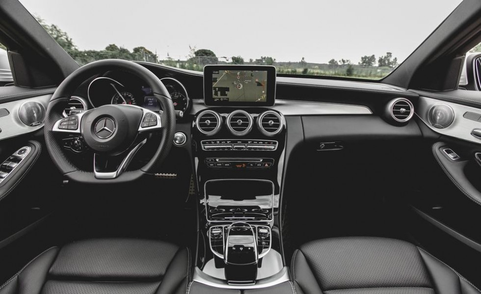 Review Of The 2015 Mercedes Benz C300 4matic Photo Gallery 2015