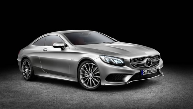 Mercedes S-Class Coupe Caught on Video