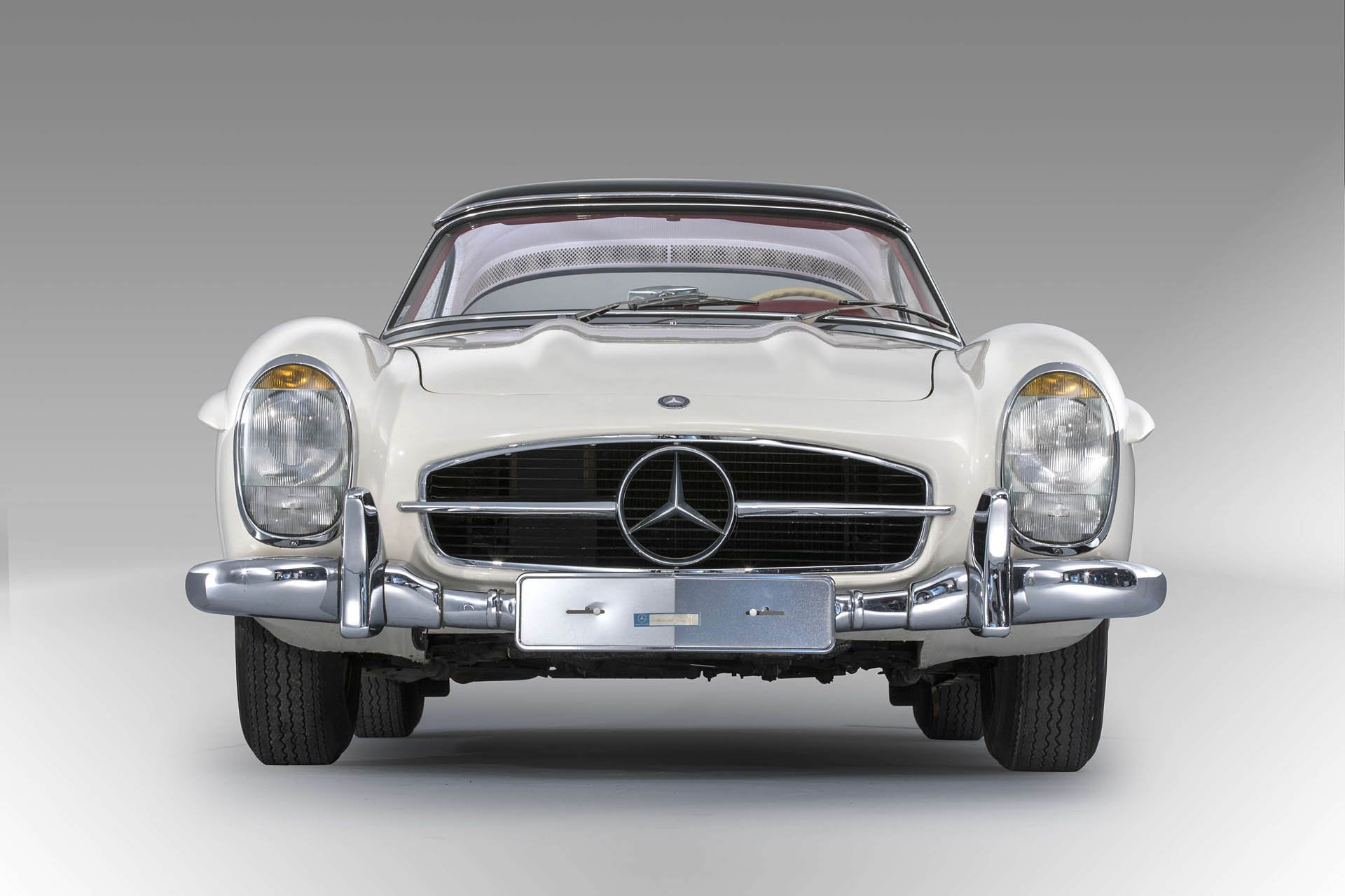 3ca097f6-1963-mercedes-benz-300-sl-roadster_07