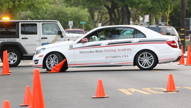 The Mercedes-Benz Driving Academy's Distracted Driving Course