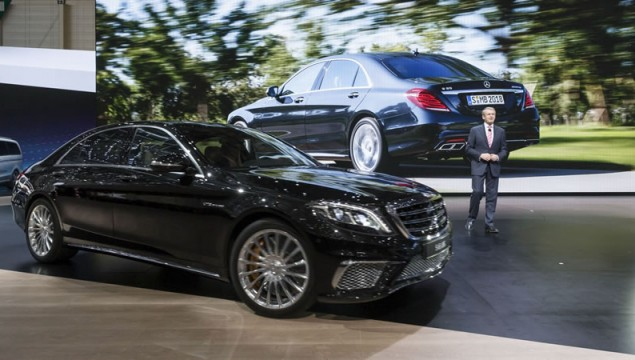 Mercedes-Benz S600 V12 and S65 AMG Make Geneva Appearance