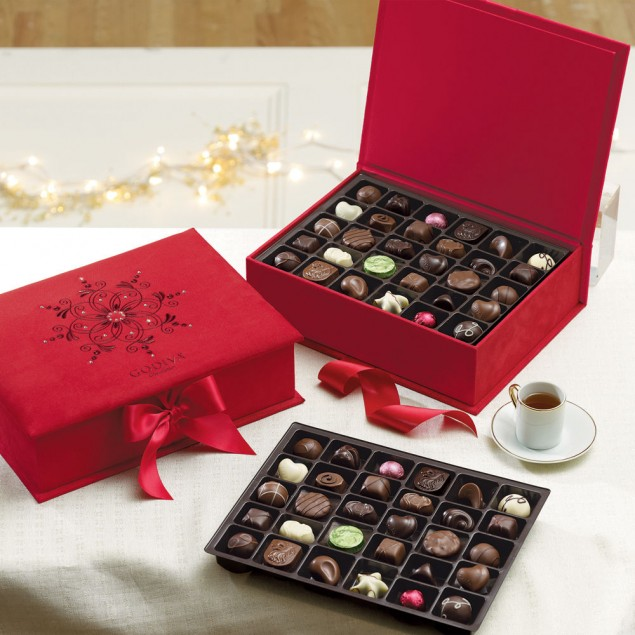 Godiva Luxury Gift Box with SWAROVSKI ELEMENTS