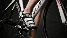 Louis Garneau Carbon Pro Team Cycling Shoes front and side view