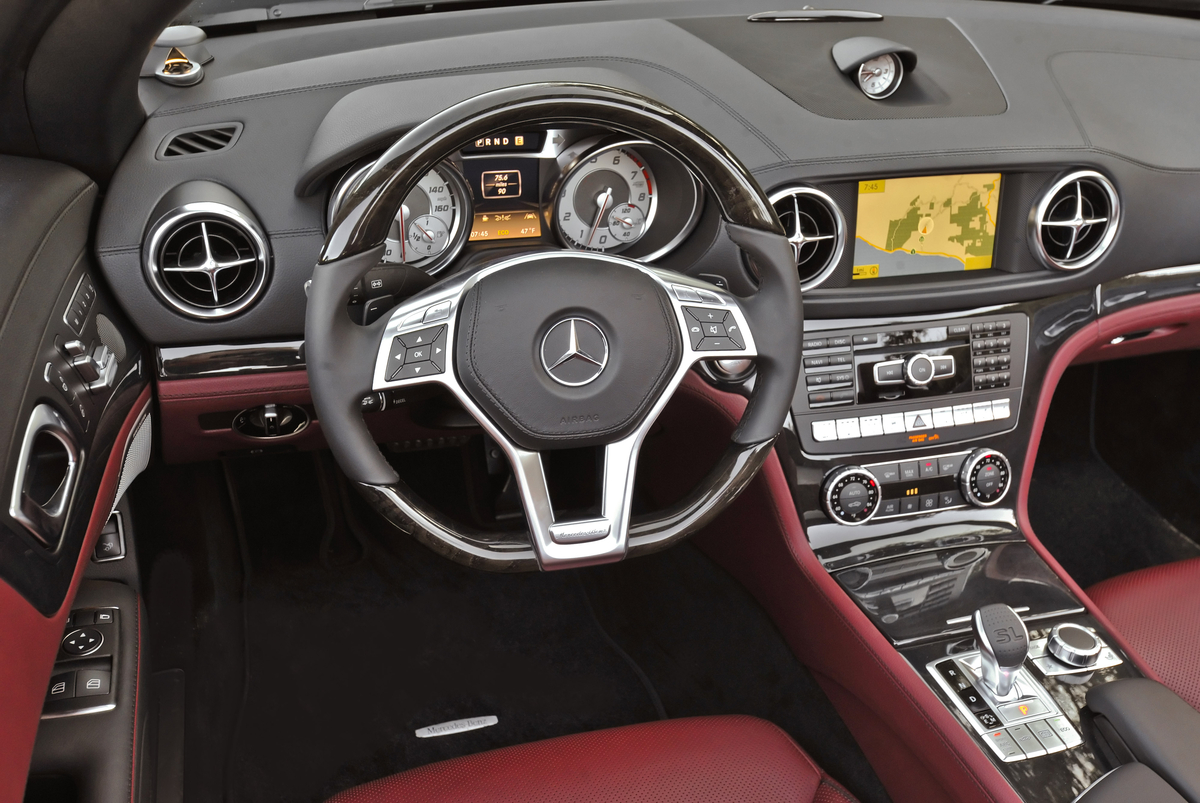 2013 Mercedes-Benz SL550 2