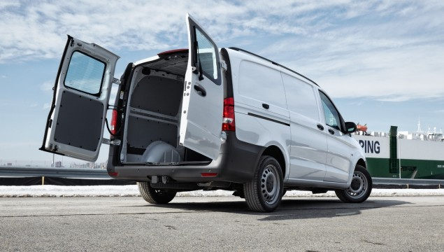 Mercedes-Benz Metris Van – Not Too Big, Not Too Small