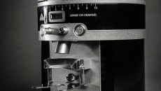 Mahlkonig K30 Vario single espresso grinder right front view closeup
