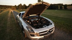 2012 Mercedes SLS 63 AMG McChip-DKR MC700 engine