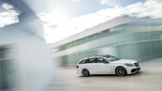 Mercedes-1 - 2014 E63 AMG S-Model 4MATIC Wagon (8)_medium