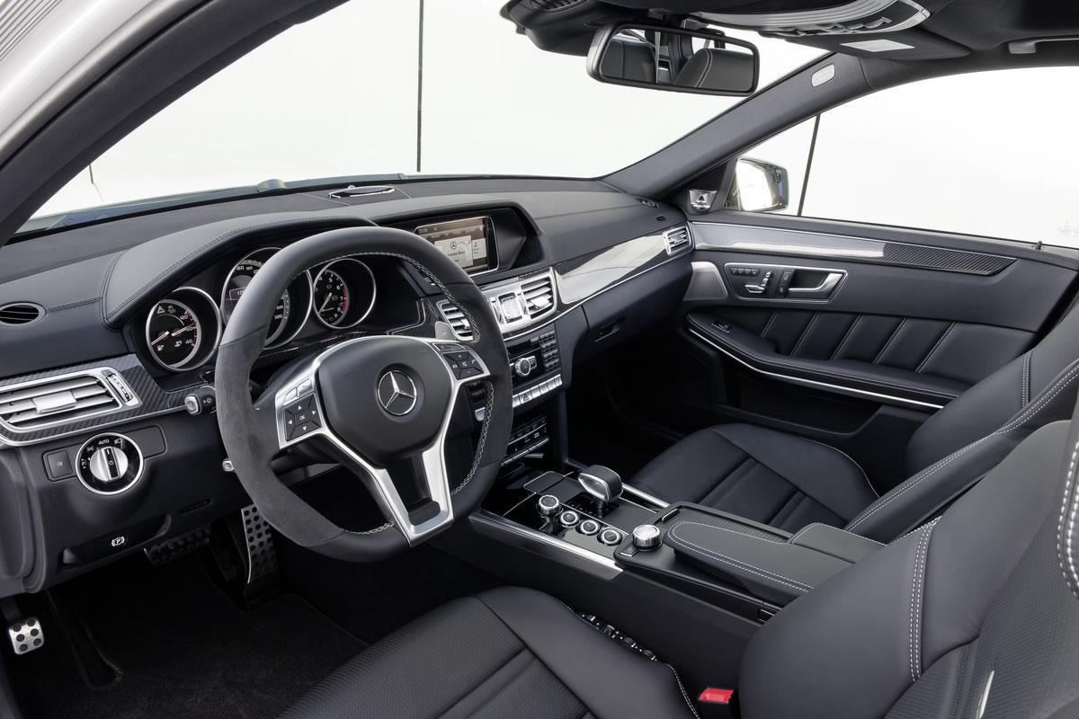 Mercedes-1 - 2014 E63 AMG S-Model 4MATIC Wagon (a)_medium