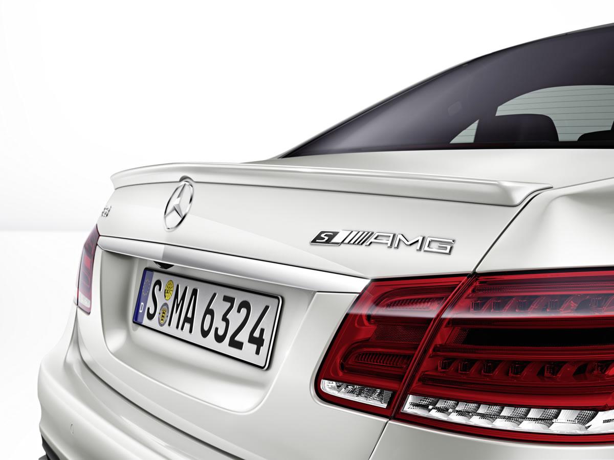 Mercedes-12C1378_19_medium