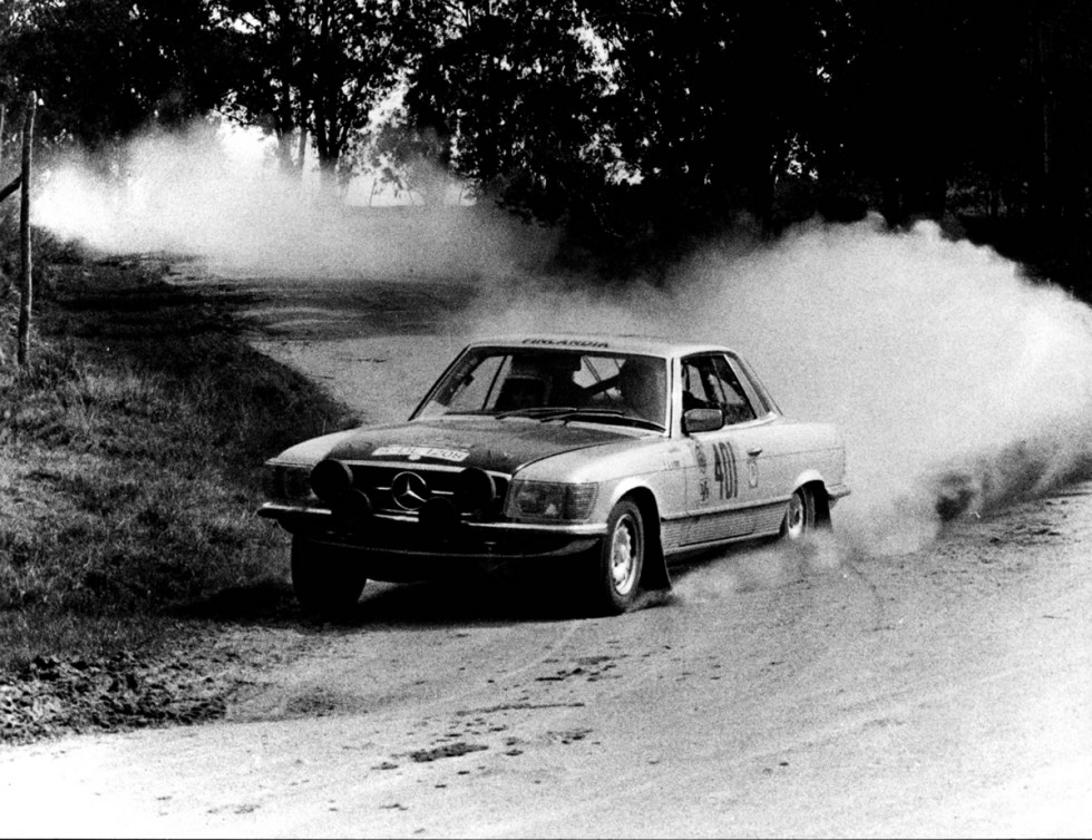 Rallye Vuelta a la América del Sud, from august 17 to September 24 in 1978. Team Timo Makinen / Jean Todt (number 401) achieved the fourth place with their Mercedes-Benz Typ 450 SLC.