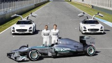 Mercedes-AMG-Petronas-F1-W04-_44B7340