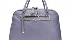 Fliederfarbene Handtasche aus italienischem Leder mit Nietenverzierung, Mercedes-Benz Stern-Niete an der Seite, made in Italy