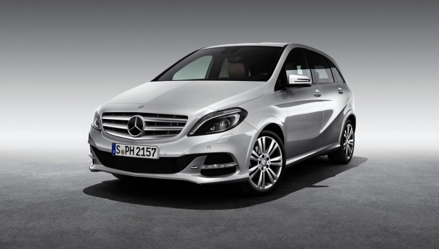 Mercedes-Benz B200 Natural Gas Drive To Make Public Debut in Paris