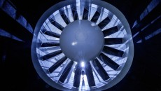 The blower of the new aeroacoustics wind tunnel has a diameter of nine metres and has 18 vanes that set the air in motion. The maximum wind speed is 265 km/h.