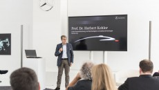 Prof. Dr. Herbert Kohler at the Mercedes-Benz Future Talk Robotics