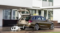 Mercedes-Benz-C-Class-Estate-8