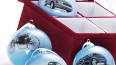 Mercedes-Benz-Christmas-12C1187_03