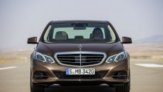 Mercedes-Benz-E-Class-12C1199_061