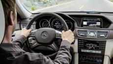 Mercedes-Benz-E-Class-12C1199_144