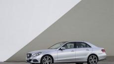 Mercedes-Benz-E-Class-12C1200_117