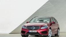 Mercedes-Benz-E-Class-12C1201_025