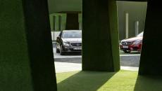 Mercedes-Benz-E-Class-12C1203_029