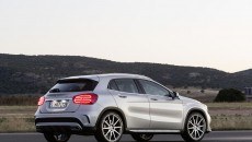 Mercedes-Benz-GLA-45-13C1147_023