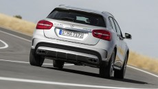 Mercedes-Benz-GLA-45-13C1147_132