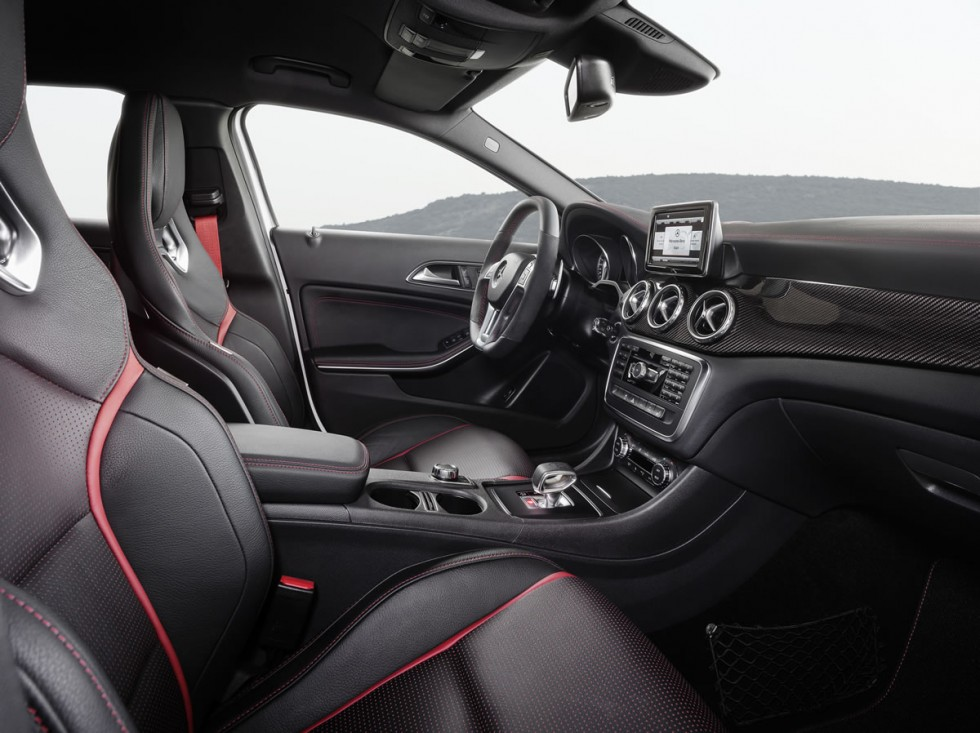 Mercedes GLA45 AMG Interior
